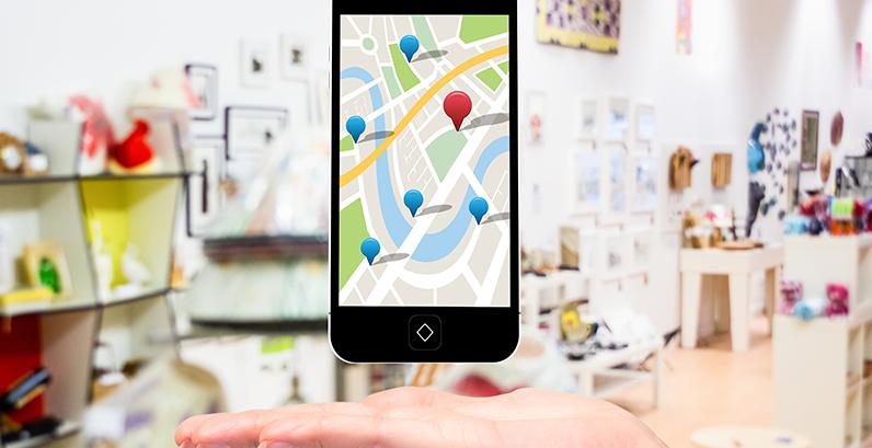 Google Ads para Psicólogos Imagem de um celular com Google Maps